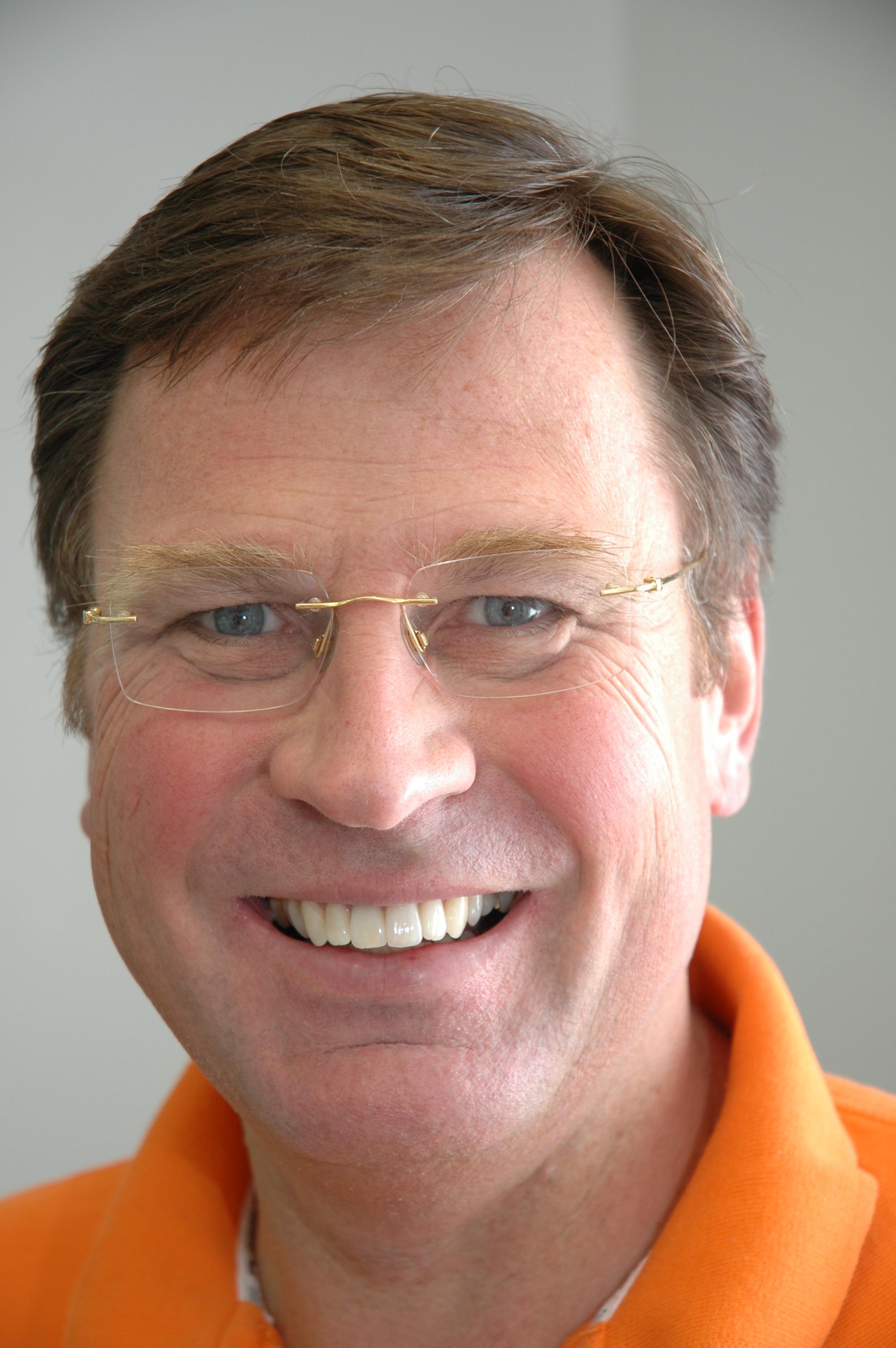 Zahnarzt Düsseldorf Dr. med. dent. Michael Hohaus